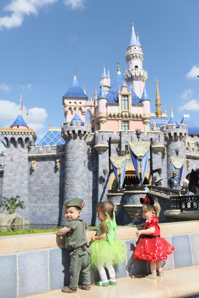 Disneyland with Toddlers - 10 Things To Do at Disneyland with Toddlers